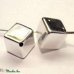 925-ös sterling ezüst medál / pandora EM-P 04  , Gyöngy, ékszerkellék, Fém köztesek, Ékszerkészítés, Mindenmás, Szerelékek, EM-P 04 \n\n925-ös valódi ezüst (bevizsgált) medál, pandóra lánc-karkötő készítéséhez .\n\n1 db / csomag..., Meska