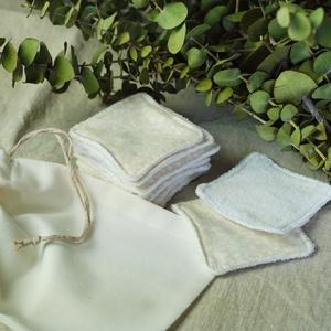 10 db arctisztító párna mosózsákkal, beige színben, hulladékmentes, zero waste, Szépségápolás, Arcápolás, Arctisztító korong, Varrás, A csomag tartalma: 10 darab arctisztító  párna (kb. 7x7 cm), és egy 16x18 cm-es mosózsák, amiben a 1..., Meska