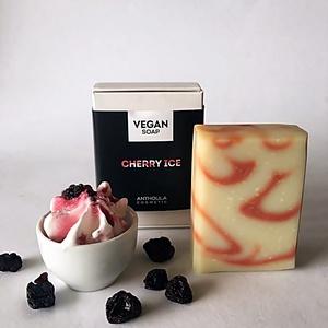 Cherry Ice Vegán Szappan, Táska, Divat & Szépség, Szépség(ápolás), Krém, szappan, dezodor, Natúrszappan, Növényi alapanyagú szappan, Mindenmás, Szappankészítés, Az ár 1db szappanra vonatkozik!\n\nKézműves vegán szappanaink a mindennapi bőrápolást biztonságossá és..., Meska