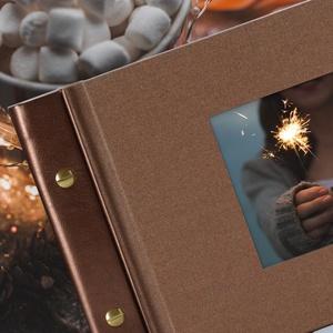 Csillogó bronz ALBUM ablakos borítóval, Otthon & Lakás, Papír írószer, Album & Fotóalbum, Könyvkötés, A gyönyörű, csillogó bronz színű vászon albumot 3 féle, különböző színű és textúrájú gerinccel vásár..., Meska
