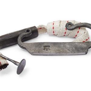 Kovácsolt acél tűzcsiholó készlet kovakővel, gyújtóssal és vászonzacskóval, [Eg_02a] (adithiel) - Meska.hu