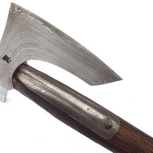 Nyelezett damaszkolt szakállas székely fokos, rövid, égetett és olajozott tölgyfa nyéllel, [FN_03c] (adithiel) - Meska.hu