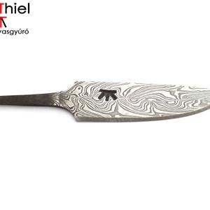 Damaszkolt markolattüskés kés duplacsavart damaszk pengével, [K_02b], Otthon & Lakás, Kés & Késtartó, Konyhafelszerelés, [K_02b] === Damaszkolt markolattüskés kés duplacsavart damaszk pengével ===  Készítette: AdiThiel - ..., Meska