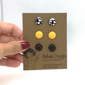 Micro textil fülbevaló csomag vidám színekben - 3 pár , Ékszer, Pötty fülbevaló, Fülbevaló, Hármas fülbevaló csomag pici, 1 centiméteres méretben fekete-fehér levélmintás, egyszínű sárga és fe..., Meska