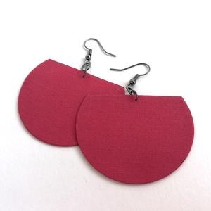 Fáradt sötét  rózsaszín Félhold textilékszer, Ékszer, Fülbevaló, Lógós fülbevaló, Mély rózsaszín egyszínű textilből készítettem ezt a fülbevalót. Pillekönnyű viselet, szinte alig érz..., Meska