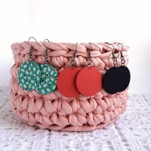 Hármas Midi textilfülbevaló csomag - világoskék alapon növénykés, egyszínű rókavörös, egyszínű sötétkék, 3 pár, Ékszer, Fülbevaló, Lógós kerek fülbevaló, Világoskék alapon növénykés, egyszínű rókavörös, egyszínű sötétkék textilből készültek ezek a fülbev..., Meska
