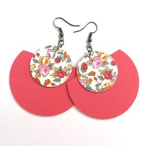 Rózsaszín és sárga rózsás Félhold Extra textilfülbevaló, Ékszer, Fülbevaló, Lógó fülbevaló, Rózsaszín és sárga rózsás textil házasításából készült, félhold alakú fülbevaló.  Pillekönnyű visele..., Meska