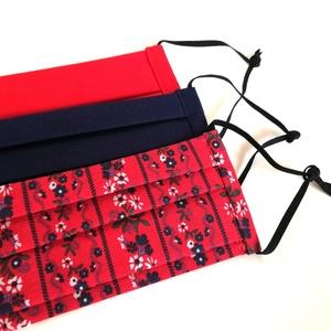 Kétrétegű egyszínű textilmaszk csomag, 3 db, piros, sötétkék, népies piros virágmintás, Maszk, Arcmaszk, Női, 3 db kétrétegű textil szájmaszk, piros, sötétkék, népies piros virágmintás.  Két méretben rendelhető..., Meska