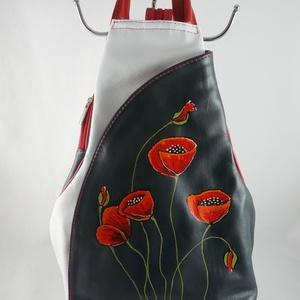 Valódi bőr hátitáska, egyedi, kézzel festett motívummal!, Táska & Tok, Hátizsák, Hátizsák, Festett tárgyak, Vera Pelle- kiváló minőségű puha tapintású kecskebőr hátitáska.Az elején dekoratív, egyedi, kézzel ..., Meska