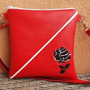 Piros táska, Táska & Tok, Vállon átvethető táska, Kézitáska & válltáska, Akár séta, buli vagy város nézés, ez a kis táska bárhova használható:). Pénztárca, zsebkendő, telefo..., Meska