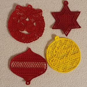 Dísz, Karácsony & Mikulás, Karácsonyi dekoráció, A karácsonyfadíszek gépi hímzéssel készültek. Méretük mintától eltérő. :)  Az áruk egy gartirúrára v..., Meska