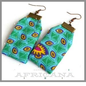 Afrikai stílusú, mintás zöld textil női fülbevaló, Ékszer, Fülbevaló, Varrás, Ékszerkészítés, Nagy rajongója vagyok az afrikai stílusú textíliáknak , pompázatos színük, jellegzetes  mintájuk sem..., Meska