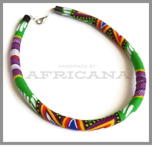 Afrikai stílusú tarka mintás kötélékszer, nyaklánc, autentikus afrikai textiliából, , Ékszer, Nyaklánc, Ékszerkészítés, Varrás, Autentikus afrikai pamut textiliával vontam be 0,8 cm vastag szintetikus kötelet. Az anyag mintája, ..., Meska