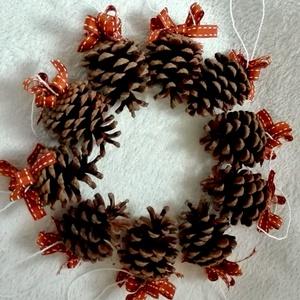 Dupla masnis karácsonyi toboz díszek (10 db), Karácsonyi, adventi apróságok, Ajándékkísérő, képeslap, Karácsonyfadísz, Karácsonyi dekoráció, Mindenmás, AKCIÓ!!! MINDEN 5000 FELETTI VÁSÁRLÁST KÖVETŐEN ( VÁLASSZ AZ AJÁNDÉK POLCRÓL ÉS TEDD A KOSÁRBA) AJÁ..., Meska