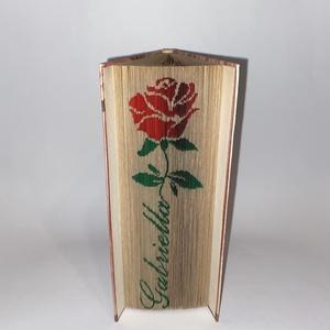 """Felirat rózsával, Művészet, Más művészeti ág, A""""Felirat rózsával"""" egyedi tervezésű könyvszobor. Kiváló és időtálló ajándék Névnapra, Születésnapra..., Meska"""