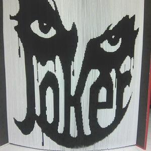 """Joker, Művészet, Más művészeti ág, A """"Joker"""" egyedi tervezésű könyvszobor. Kiváló és időtálló ajándék bármilyen alkalomra DC filmek és ..., Meska"""