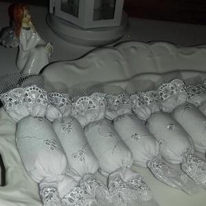 Hófehér madeira cukorkák, Karácsony & Mikulás, Karácsonyfadísz, 10 darabos szaloncukor csomag.Hófehér madeira,madeiracsipke és tüll szegély.Elegáns,mutatós kb.12 cm..., Meska