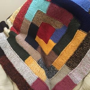 Babatakaró, Takaró, Lakástextil, Otthon & Lakás, Kötés, Vidám színösszeállítású maradék fonalból  készített puha,meleg takaró.\nMár többször készítettem a cs..., Meska