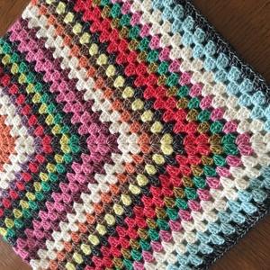 Poncsó, Poncsó, Női ruha, Ruha & Divat, Horgolás, Kedves , vidám színösszeállítású poncsó kislányoknak ,melyet a holland Scheepjes fonalból készítette..., Meska