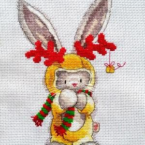 Bebunni - Rudolf, a nyúl..., Otthon & Lakás, Falra akasztható dekor, Dekoráció, 16x22 cm keresztszemes hímzés, Meska