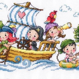 Vidám kalózok, Otthon & Lakás, Dekoráció, Kép & Falikép, Kb. 60x20 cm keresztszemes kép, keretezve aranyos lehet gyerekszobába., Meska