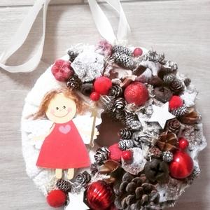 ANGYALKA piros-karácsonyi- ünnepváró ajtódísz  kopogtató,, Otthon & lakás, Dekoráció, Ünnepi dekoráció, Karácsony, Karácsonyi dekoráció, Virágkötés, Mindenmás, Rendelhető!!!\n\nA klasszikus karácsony jellemzői a piros, a zöld és a fehér, egy kis kockás anyag, és..., Meska