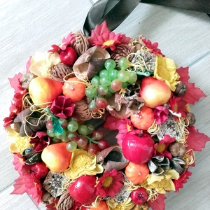 TARKA ŐSZ gyümölcsös kopogtató, ajtódísz-KÉSZTERMÉK, Otthon & lakás, Dekoráció, Lakberendezés, Ajtódísz, kopogtató, Virágkötés, Mindenmás, Beköszöntött az ősz és vele megannyi termés, színek és hangulat...\nÉn így hívom az őszt, egy színes,..., Meska