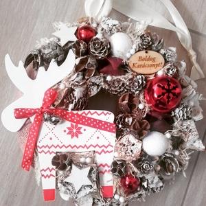 RÈNSZARVAS piros-karácsonyi- ünnepváró ajtódísz  kopogtató,, Otthon & lakás, Dekoráció, Ünnepi dekoráció, Karácsony, Karácsonyi dekoráció, Virágkötés, Mindenmás, A klasszikus karácsony jellemzői a piros, a zöld és a fehér, egy kis kockás anyag, és némi játékossá..., Meska