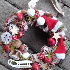 CLASSIC CHRISTMAS karácsony-tèli- ünnepi kopogtató, ajtódísz, Otthon & Lakás, Karácsony & Mikulás, Karácsonyi dekoráció, Virágkötés, Mindenmás, A skandináv stílus kedvelőinek, akik szeretik a pirosat, fehéret, barnát és a mintákat, a kockásat....., Meska