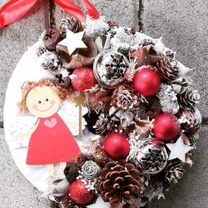 ANGYALKA piros-karácsonyi- ünnepváró ajtódísz  kopogtató,, Otthon & Lakás, Karácsony & Mikulás, Karácsonyi dekoráció, Virágkötés, Mindenmás, A klasszikus karácsony jellemzői a piros, a zöld és a fehér, egy kis kockás anyag, és némi játékossá..., Meska