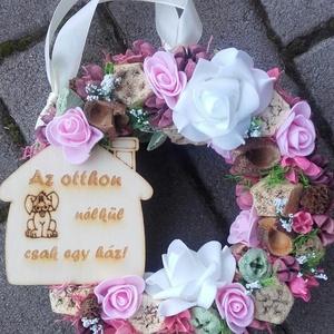 HÁZÖRZŐ eb-kutya-négylábú színes-virágos kopogtató, ajtódísz, Otthon & Lakás, Dekoráció, Ajtódísz & Kopogtató, Mindenmás, Virágkötés, Meska