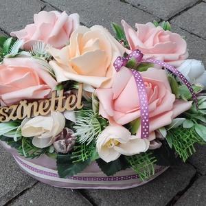 Virágos tavaszi-habrózsás asztaldísz, dísz, ANYÁK NAPJA, SZÜLINAP, NÈVNAP, Otthon & Lakás, Dekoráció, Asztaldísz, Virágkötés, Tavaszi asztaldìsz, dekoráció, dísz.\nA közelgő Anyák napjára, něvnapra vagy szülinapra is tökêletes ..., Meska