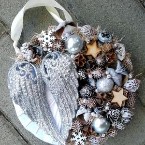 ANGYALSZÁRNY  ünnepi-karácsonyi-adventi kopogtató, ajtódísz, falidísz, koszorú RENDELHETŐ - Meska.hu