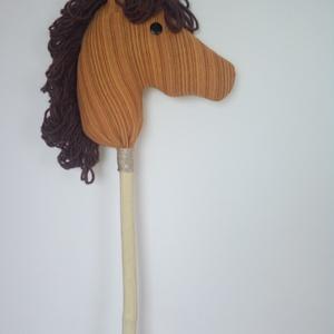 Lóti-futi ló, Játék & Gyerek, Szerepjáték, Baba-és bábkészítés, Vannak játékok, amik soha nem mennek ki a divatból. A gyerekek kedvenc állata és számos mese szerepl..., Meska