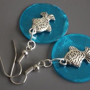 Kék kagylós halacskás fülbevaló, nyár, vidám, ajándék, nőnek, lánynak (agnesasvanyaruhaza) - Meska.hu