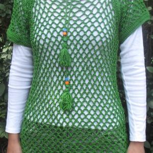 gyöngyös-hálós-zöld felső, Ruha & Divat, Póló, felső, Női ruha, 36-38-as fűzöld női felső-tunika, gyöngyös megkötővel. Hossza 71 cm. Egyszerű, kézi készítésű, egyed..., Meska