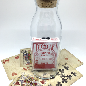 Nagy Lehe-Hihetetlen Palack (türelemüveg) használatlan, piros, lezárt Bicycle Seconds paklival, Díszüveg, Dekoráció, Otthon & Lakás, Üvegművészet, Mindenmás, Nagy tejes palackban, használatlan, piros, lezárt Bicycle Seconds pakli, parafa dugóval lezárva.\n\nId..., Meska