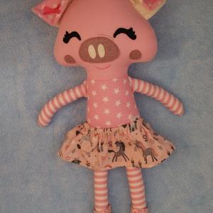 Malacka hercegnő, röfi lány, öltöztethető kismalac figura, Dekoráció, Otthon & lakás, Játék, Gyerek & játék, Baba, babaház, Baba-és bábkészítés, Varrás, Imádnivalóan cuki kis malacka hercegnő, aki rózsaszín unikornisos szoknyát és metálos csillogású, cs..., Meska