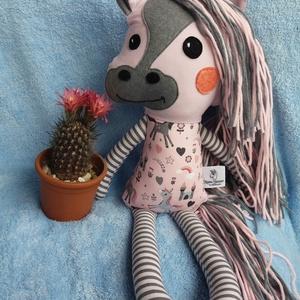 Frizurázható póni, lovacska, ló textil figura (agotamama) - Meska.hu