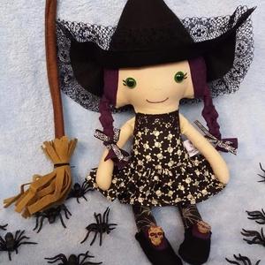 Lila hajú boszi textilbaba, Baba, Baba & babaház, Játék & Gyerek, Baba-és bábkészítés, Varrás, Ez a lila hajú, boszika textilbaba is megérkezett hozzátok, hogy együtt ünnepeljétek a Halloweent, v..., Meska