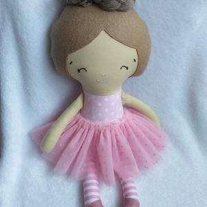 Ballerina baba, textilbaba, Játék & Gyerek, Baba, Baba & babaház, Megrendelésre készítem a képen látható ballerina textilbabát. Pamutvászon testtel,  pamutfonal copff..., Meska