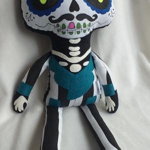 Dia de los muertos/ sugar skull baba textilből, Játék & Gyerek, Más figura, Plüssállat & Játékfigura, A mexikói halottak napja, a Dia de los muertos ünnep ihlette ezt a textil babát, aki Halloweeni deko..., Meska