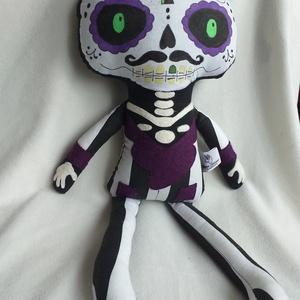 Dia de los muertos/sugar skull baba textilből, Játék & Gyerek, Más figura, Plüssállat & Játékfigura, A mexikói halottak napja, a Dia de los muertos ünnep ihlette ezt a textil babát, aki Halloweeni deko..., Meska