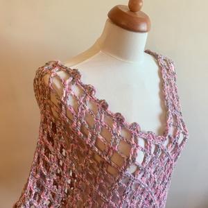 """""""Spring"""", Ruha & Divat, Poncsó, Női ruha, Rusztikus hatású, dekoratív, selymes fényű rózsaszín-szürke-pezsgőszín színkombinációs makramé fonal..., Meska"""