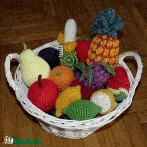 Horgolt gyümölcsök MINTA, csináld magad leírás, Szerepjáték, Játék & Gyerek, Horgolás, A kisfiamnak készítettem a kis gyümölcsöket, mert nagyon szeret főzőcskézni, piacosat játszani. Igye..., Meska