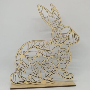 Nyuszi asztali dekoráció húsvétra, Fából készült, lézergravírozott és vágott termék.\nkb 21x20 cm., Meska