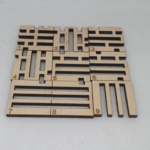 Kocka logikai kirakó, Játék & Gyerek, Készségfejlesztő & Logikai játék, Famegmunkálás, Gravírozás, pirográfia, Mérete: 5.5 x 5.5 cm\nAnyaga: 6mm vastag rétegelt lemez, Meska