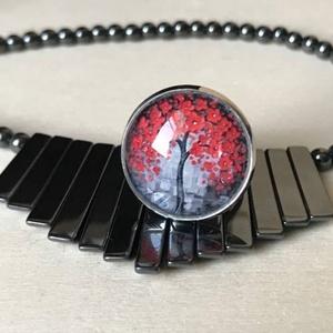 Életfa, Ékszer, Gyűrű, Üveglencsés gyűrű, Ékszerkészítés, Antik ezüst színű üveglencsés gyűrű, különleges fa mintával díszítve. Alapból is szép de jelentése i..., Meska