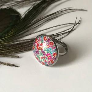 Virágom, Ékszer, Gyűrű, Üveglencsés gyűrű, Ékszerkészítés, Matyó mintával díszített csodás, üveglencsés gyűrű, azoknak akik szeretik a magyar hagyományokat. \n\n..., Meska