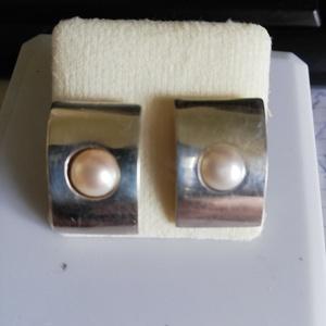 Ezüst fülbevaló tenyésztett gyönggyel, Ékszer, Fülbevaló, Ékszerkészítés, Ötvös, Meska